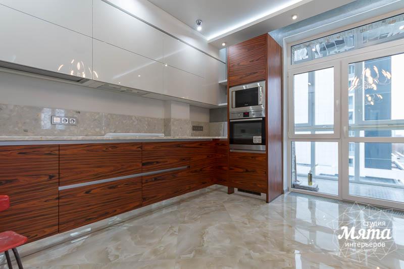 Дизайн интерьера и ремонт трехкомнатной квартиры по ул. Татищева 49 16