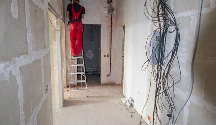 Дизайн интерьера и ремонт трехкомнатной квартиры в Карасьозерском 2 40
